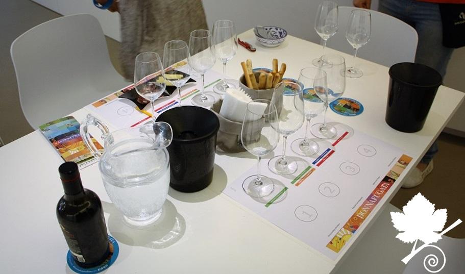 Cantina Donnafugata - Postazione per degustazione