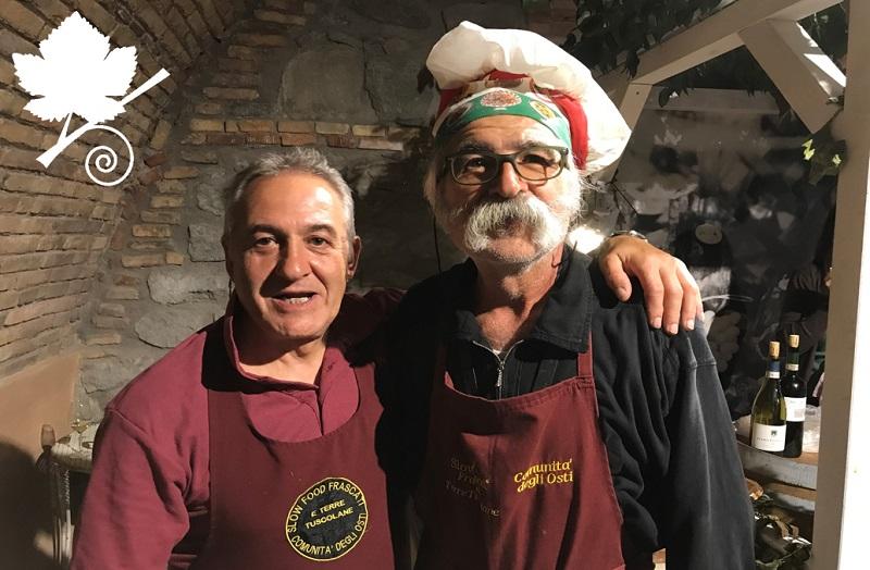 Massimo Grossi con un altro cuoco della comunità degli Osti di Frascati