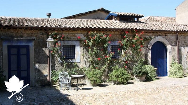 Tenuta Regaleali - cortile interno