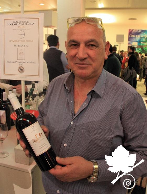 il produttore Schiena presenta il vino Angioino Primitivo di Manduria DOC