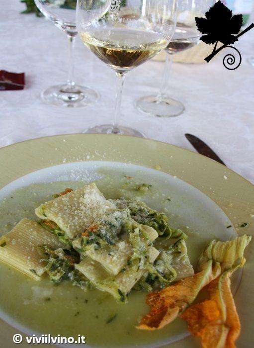 villa matilde - Falerno del Massico DOP e paccheri di Gragnano con zucchine, fiori di zucca e provola affumicata