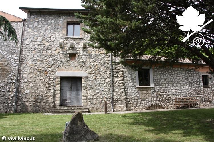 Fattoria La Rivolta - Masseria in pietra