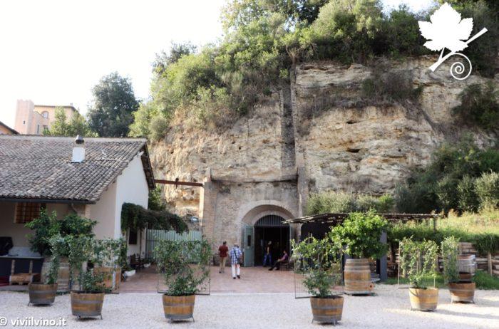 Cantina Castello di Torre in Pietra - Entrata