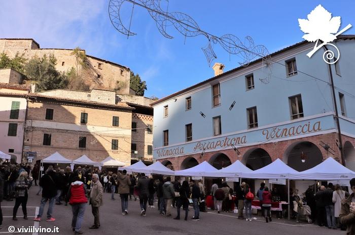 """Evento """"appassimenti aperti"""" nel centro storico di Serrapetrona"""